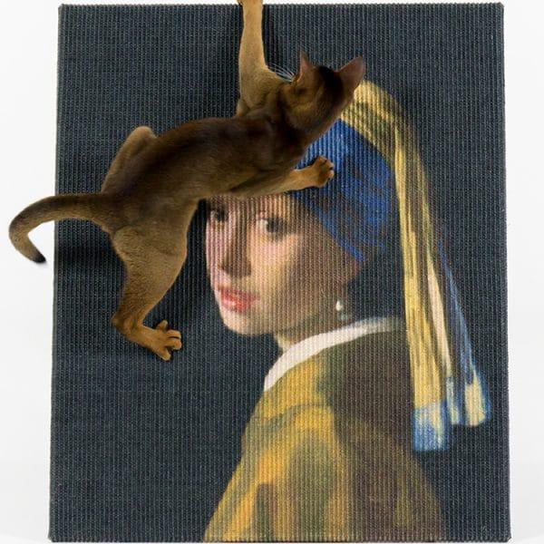 Griffoir Lord Lou pour chat la jeune fille à la perle